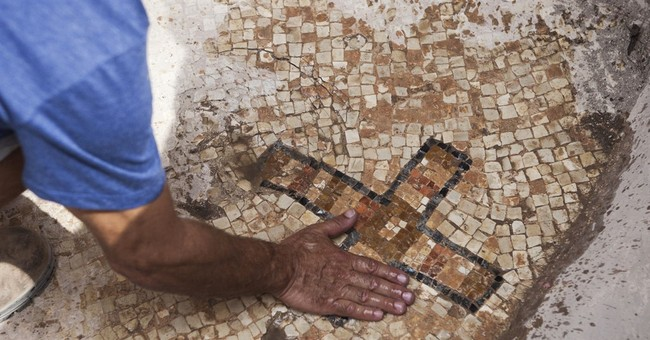 Israeli archaeologists may have found fabled Maccabees tomb