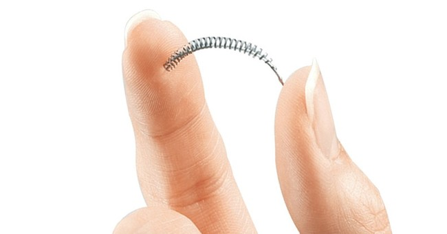 Experts question safety of Essure device linked to pain