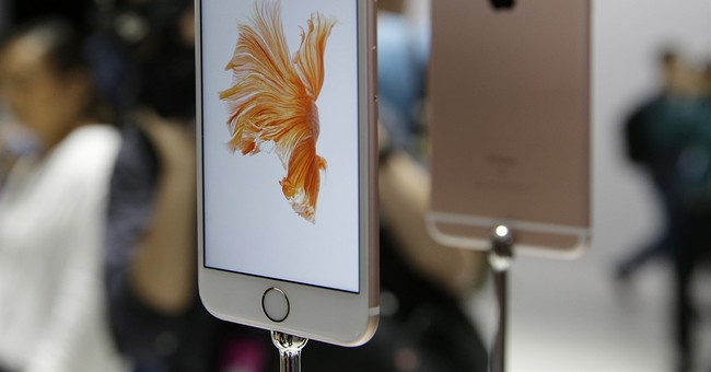 Review: Better photos, animated shots in new iPhones