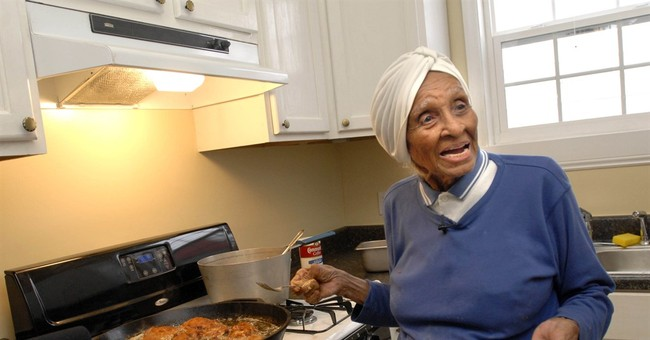 Willie Mae Seaton, feted for classic American food, dies