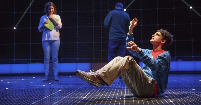 Broadway's 'Curious Incident' welcomes a new leading man