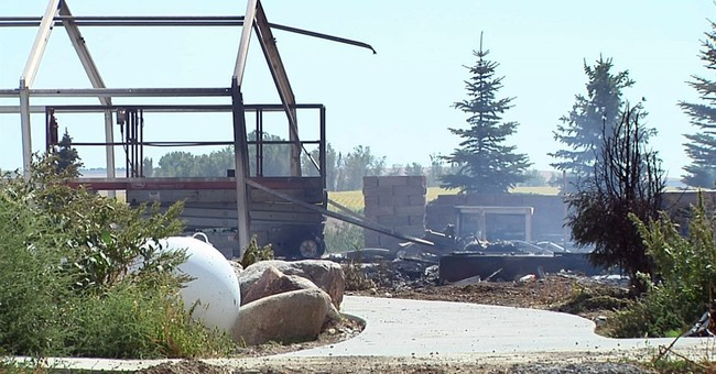Officials: South Dakota man killed wife, 4 kids then himself