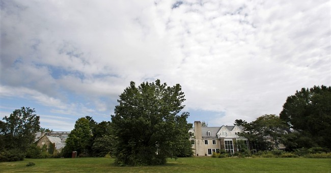Building tensions: Overseers want to raze Doris Duke mansion