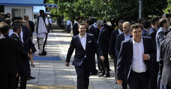 Greece: Cabinet member quits on first day on job