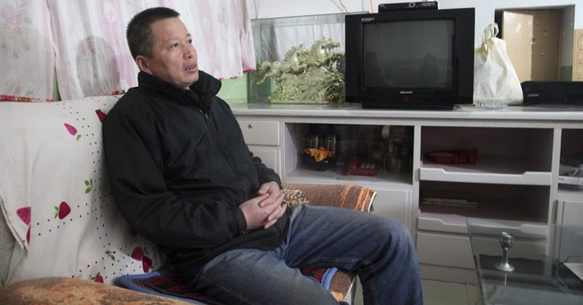 AP Exclusive: Leading China lawyer says he was tortured