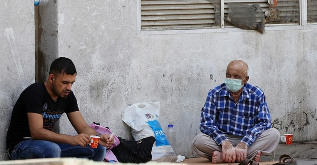 Amid battle against IS, Iraqis face cholera outbreak