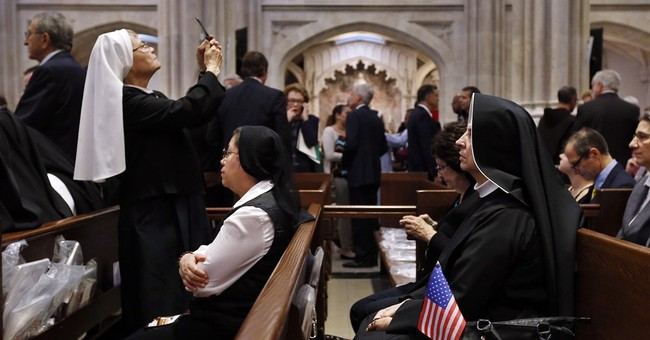 Pope calls US nuns 'women of strength' after Vatican inquiry