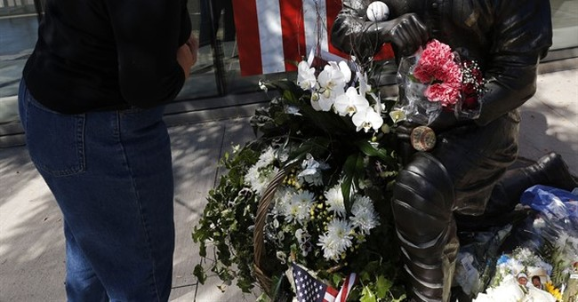 A wonderful life: Berra's family, Yankees honor Yogi