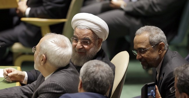 Rouhani, meeting editors, hopes for better US relations