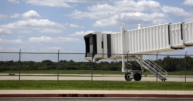 Struggling southern Illinois airport gambles on Vegas route
