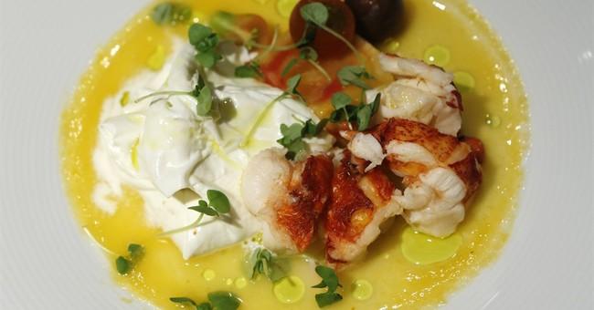 Feeding Francis: Celebrity chef serves simple, healthy fare