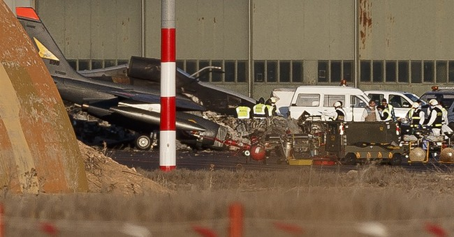 Spain: Death count rises to 11 in military jet crash at base