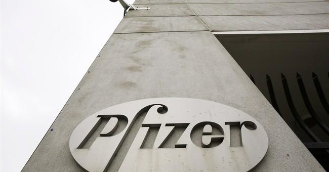 Pfizer beats Street 4Q forecasts