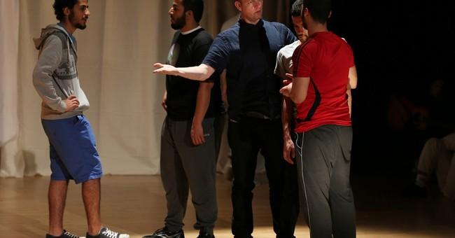 Kevin Spacey skips award shows to help aspiring Arab actors