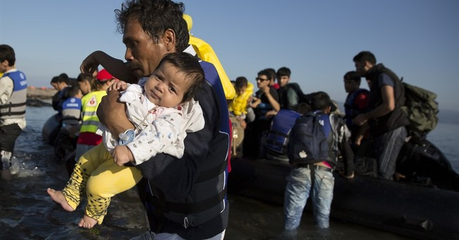 17 Syrian migrants die off Turkish coast, official says
