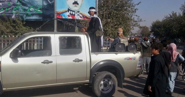 Amid Taliban gains, US military favors longer presence