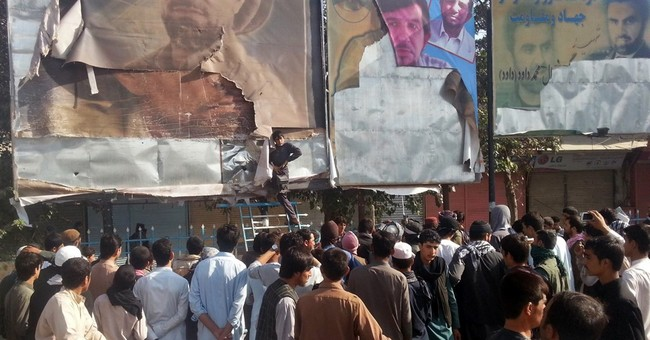 Taliban tighten hold on Afghan city despite US airstrikes