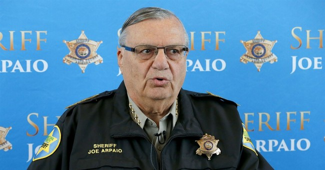 Arizona sheriff faces 2nd day of testimony in contempt case