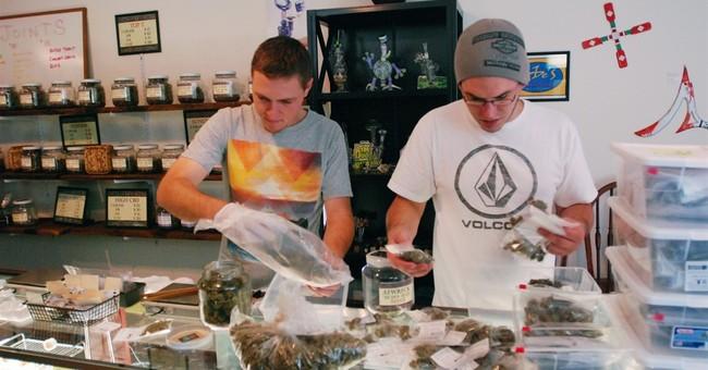 Recreational pot users score bags of bud at Oregon shops