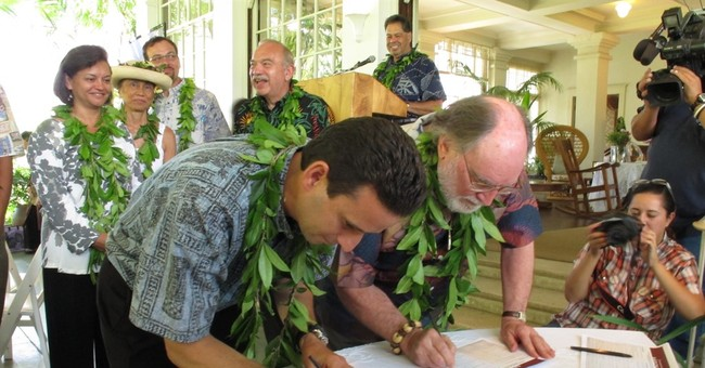 Q&A: A look at the proposal for US-Hawaiian relationship