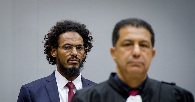 Suspect in Timbuktu mausoleum destruction appears in court