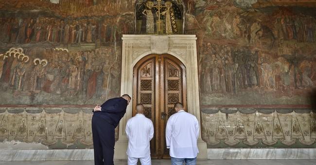 Romanian church considers popular monk for sainthood