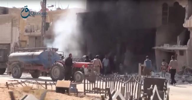 France tells Putin to confine airstrikes to Islamic State