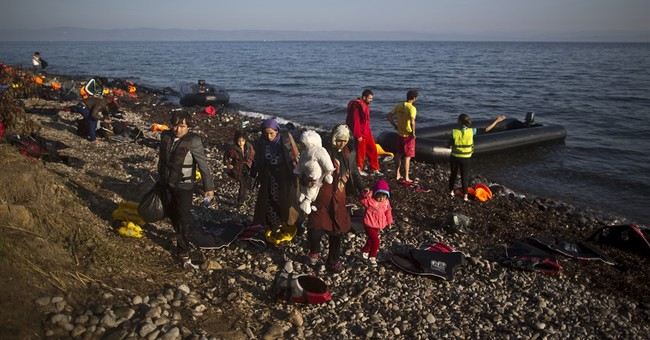 Greek coast guard rescues hundreds at sea over weekend