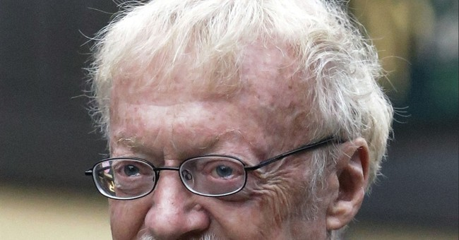 Nike Chairman Phil Knight writes memoir, due next spring
