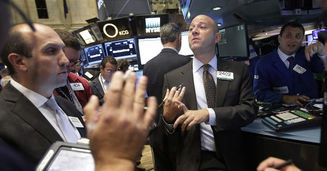 US stock indexes little changed in early trade; DuPont jumps