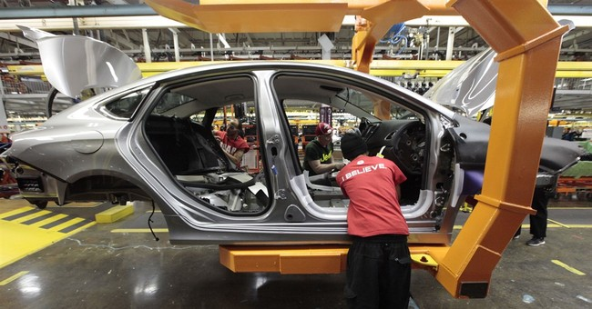 UAW threatens strike in contract talks with Fiat Chrysler