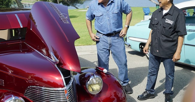 'Jay Leno's Garage' rolls into prime-time on CNBC