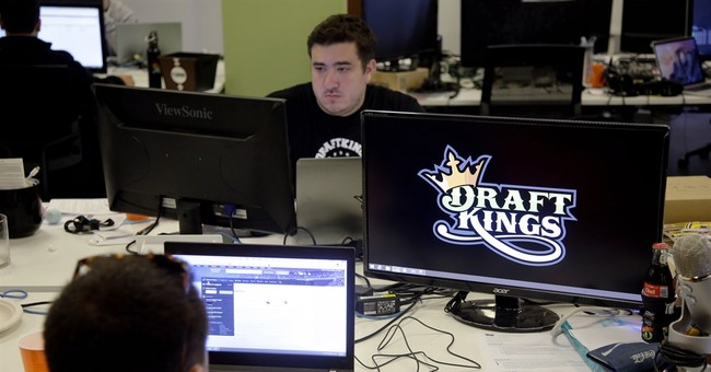 Column: Daily fantasy contests in trouble without regulation