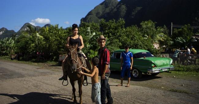 AP PHOTOS: Cuban cowboys compete in countryside games