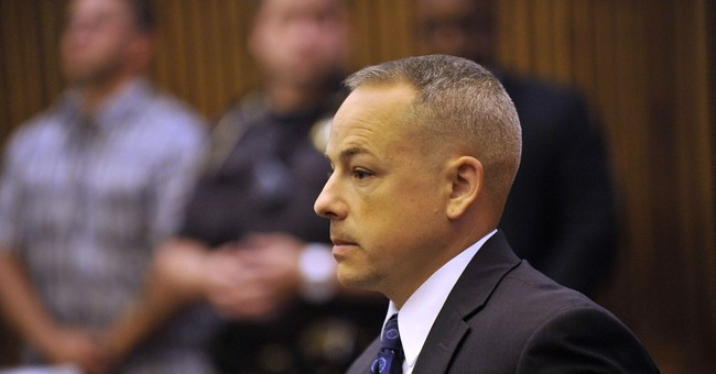 Prosecutors to speak about dropping case against Detroit cop