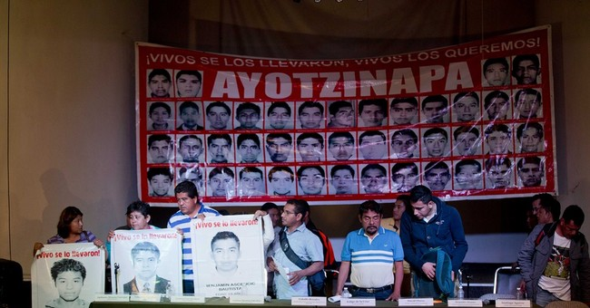 Mexico: Missing students' parents reject official account