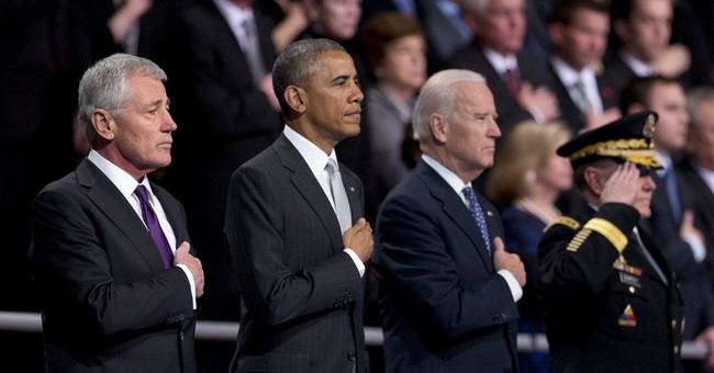 At farewell, Obama praises Hagel as 'true American patriot'
