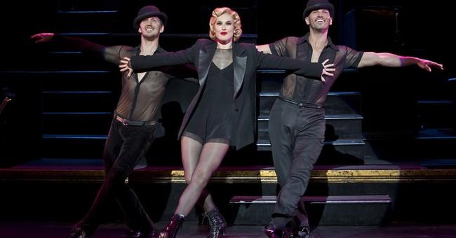 Dancing star Rumer Willis talks 'Chicago,' dad on Broadway