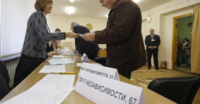 Belarus independent journalists targeted ahead of election