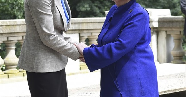 Former Secretary of State Albright visits 'Madam Secretary'