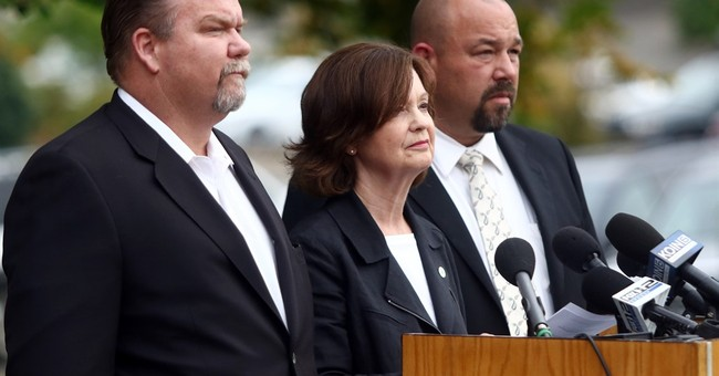 In Oregon visit, Obama will find grief but also resentment