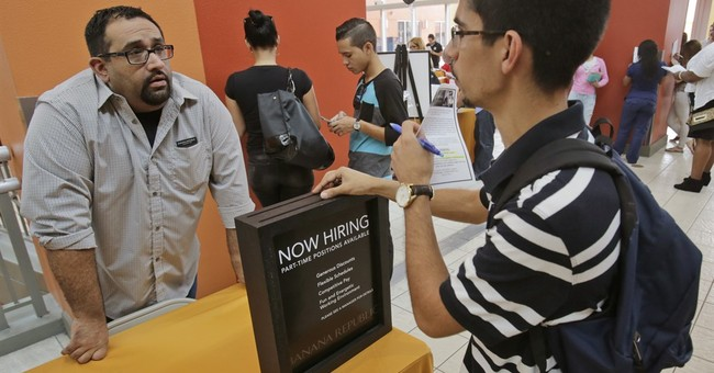 Drop in applications for US unemployment benefits last week