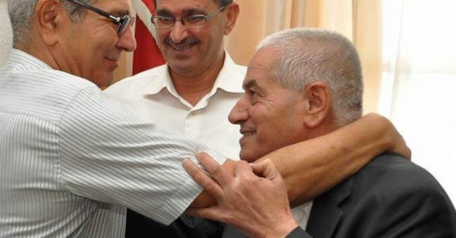 Nobel Peace Prize boosts struggling Tunisian democracy