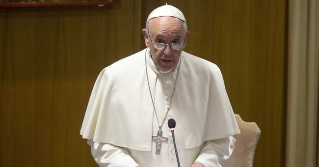 Pope turns bishops' attention to family crises in Mideast