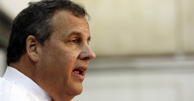 Christie and wife earned nearly $1 million in 2014