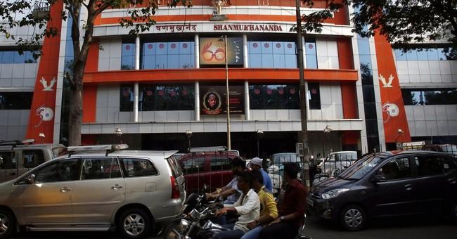 Hindu hardliners block Pakistani singer's concert in Mumbai