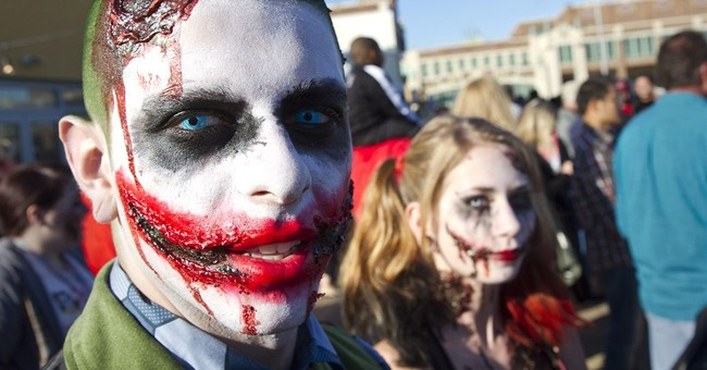 Zombie walk, brought back from dead, draws thousands
