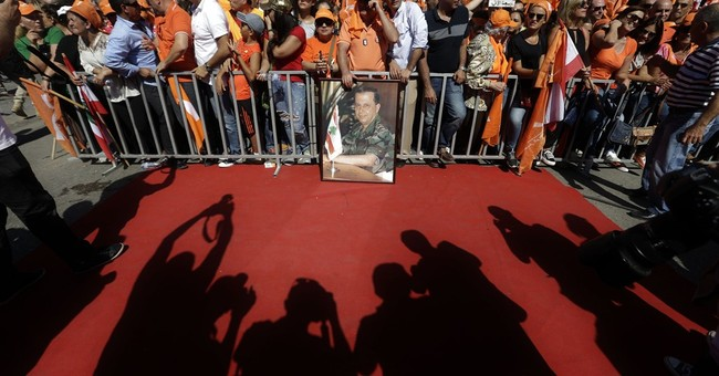 Lebanon Christian leader presses for elections in rally