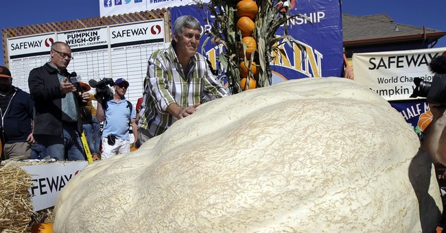 California contest dubs 1,969-pound pumpkin the plumpest