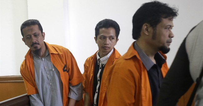 Indonesia tries 7 suspected militants over IS links